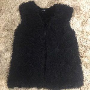 Ellie Kate Faux Fur Jacket EUC Large